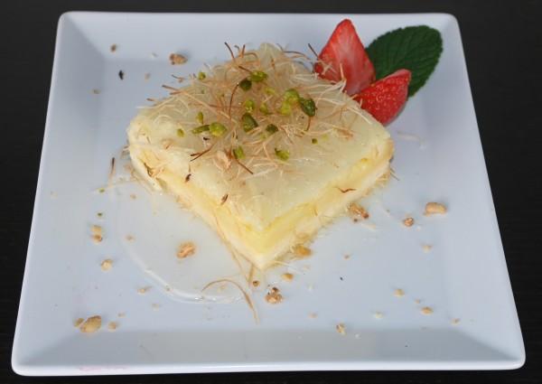 Knefi, Engelshaar, süßer Mozzarella mit Vanille und Orangenblütenwasser